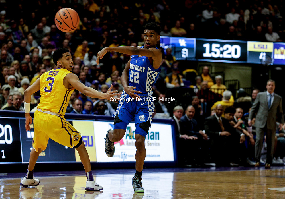 Jan 3, 2018; Baton Rouge, LA, USA; Kentucky Wildcats guard Shai Gilgeous-Alexander (22) passes as LSU Tigers guard Tremont Waters (3) defends during the first half at the Pete Maravich Assembly Center. Mandatory Credit: Derick E. Hingle-USA TODAY Sports