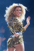 U.S singer Beyonce performs on the Pyramid stage at Glastonbury Music Festival, Sunday, June 26, 2011. More than 170,000 ticket-holders are at Worthy Farm for the 41st Glastonbury Music Festival.(AP Photo/Joel Ryan)