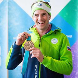 20180226: SLO, Events - Arrival of Bronze medalist - Zan Kosir