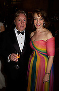 Arnold Scaasi and Mrs. Leonard Lauder, Ball at Blenheim Palace in aid of the Red Cross, Woodstock, 26 June 2004. SUPPLIED FOR ONE-TIME USE ONLY-DO NOT ARCHIVE. © Copyright Photograph by Dafydd Jones 66 Stockwell Park Rd. London SW9 0DA Tel 020 7733 0108 www.dafjones.com