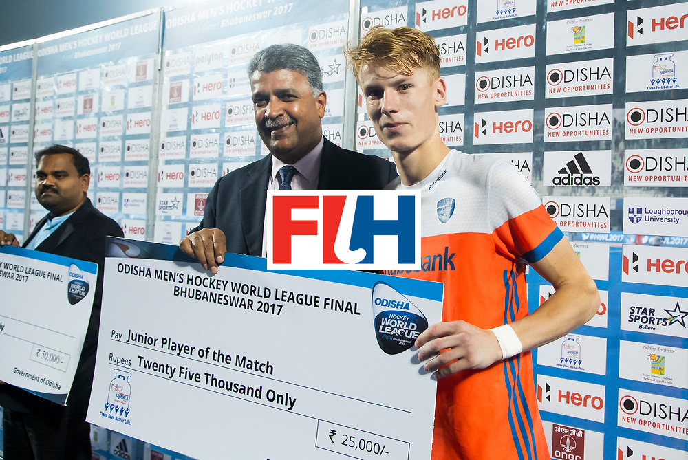 BHUBANESWAR - Joep de Mol (Ned) werd junior player of the match  na  de Hockey World League Finals , de kwartfinale wedstrijd Duitsland-Nederland (3-3).Duitsland wint na shoot-outs.    COPYRIGHT KOEN SUYK
