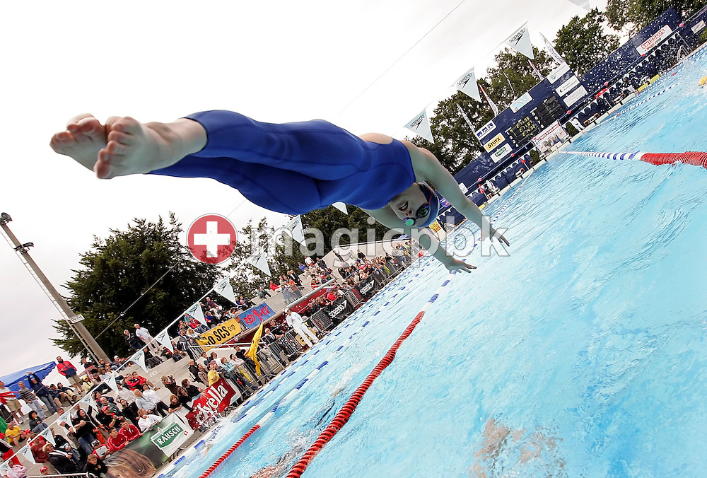 Switzerland's Danielle SIMS of the team SC Uster Wallisellen starts for the second leg in the girl's 4x200m freestyle relay at the Youth and Junior Swiss Swimming Championships in Kreuzlingen, Switzerland, Saturday, July 12, 2008. (Photo by Patrick B. Kraemer / MAGICPBK)