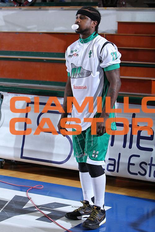 DESCRIZIONE : Ferrara Lega A 2009-10 Basket Carife Ferrara Air Avellino<br /> GIOCATORE : Dee Brown <br /> SQUADRA : Air Avellino<br /> EVENTO : Campionato Lega A 2009-2010<br /> GARA : Carife Ferrara Air Avellino<br /> DATA : 14/03/2010<br /> CATEGORIA : Curiosita<br /> SPORT : Pallacanestro<br /> AUTORE : Agenzia Ciamillo-Castoria/G.Contessa<br /> Galleria : Lega Basket A 2009-2010 <br /> Fotonotizia : Ferrara Campionato Italiano Lega A 2009-2010 Carife Ferrara Air Avellino<br /> Predefinita :