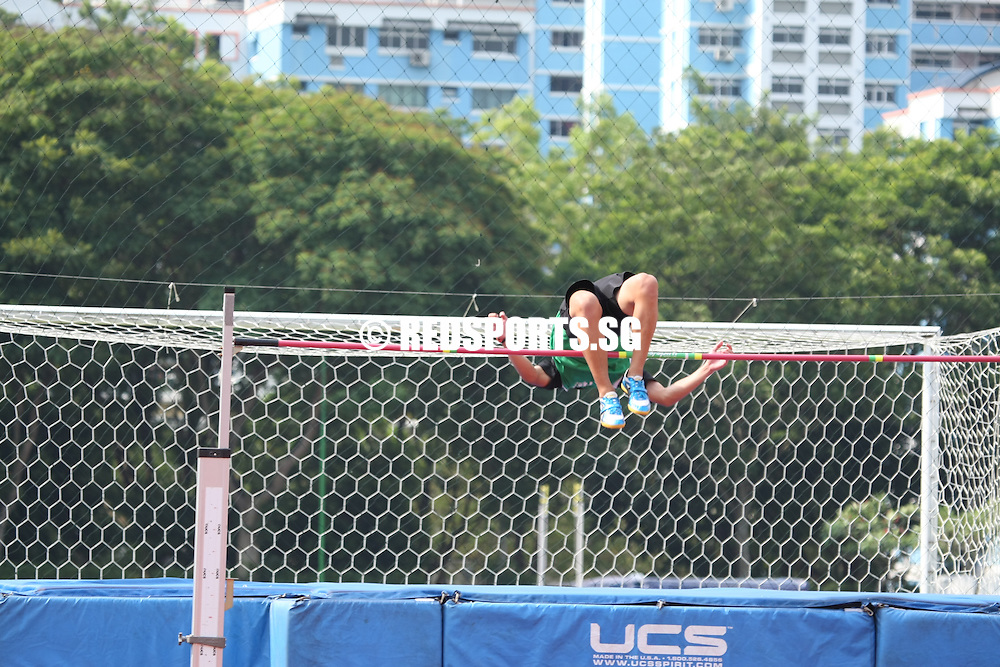 Choa Chu Kang Stadium, Friday, April 12, 2013 &mdash; Samuel Chin of Raffles Institution (RI) won the B Division high jump gold when he cleared 1.97 metres at the 54th National Schools Track and Field Championships.<br />