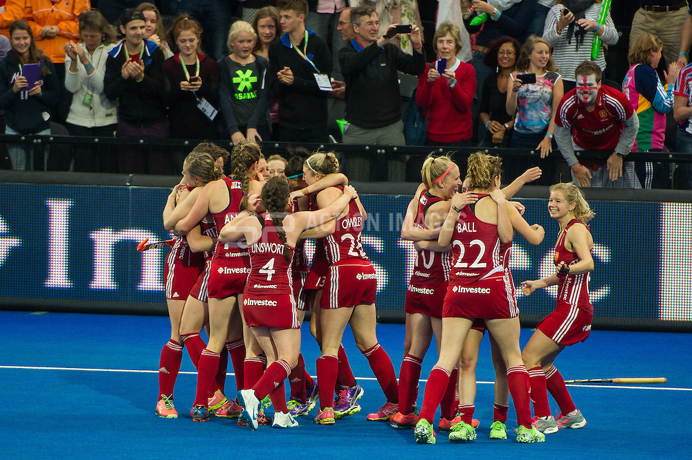 The England players congratulate each after winning. England v The Netherlands - Final Unibet EuroHockey Championships, Lee Valley Hockey & Tennis Centre, London, UK on 30 August 2015. Photo: Simon Parker