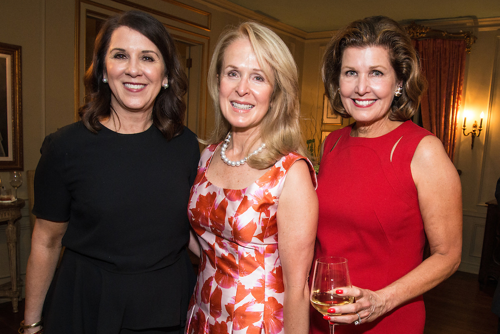 Janice Elliott Morgan, Lisa Manning, Laura Niewold
