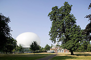 SERPENTINE PAVILION 2006, LONDON, W2 PADDINGTON, UK, REM KOOLHAAS - OFFICE FOR METROPOLITAN ARCHITECTURE, EXTERIOR, EARLY MORNING VIEW
