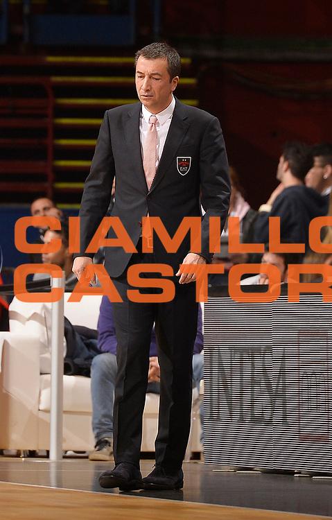 DESCRIZIONE : Milano Lega A 2014-2015 EA7 Emporio Armani Milano Enel Brindisi<br /> GIOCATORE : Luca Banchi<br /> CATEGORIA : allenatore coach<br /> SQUADRA : EA7 Emporio Armani Olimpia MIlano<br /> EVENTO : Campionato Lega A 2014-2015<br /> GARA : EA7 Emporio Armani Milano Enel Brindisi<br /> DATA : 05/01/2015<br /> SPORT : Pallacanestro<br /> AUTORE : Agenzia Ciamillo-Castoria/R.Morgano<br /> GALLERIA : Lega Basket A 2014-2015<br /> FOTONOTIZIA : Milano Lega A 2014-2015 EA7 Emporio Armani Milano Enel Brindisi<br /> PREDEFINITA :
