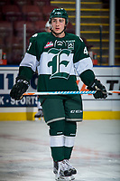 KELOWNA, CANADA - SEPTEMBER 29: Connor Dewar #43 of the Everett Silvertips warms up against the Kelowna Rockets on September 29, 2017 at Prospera Place in Kelowna, British Columbia, Canada.  (Photo by Marissa Baecker/Shoot the Breeze)  *** Local Caption ***