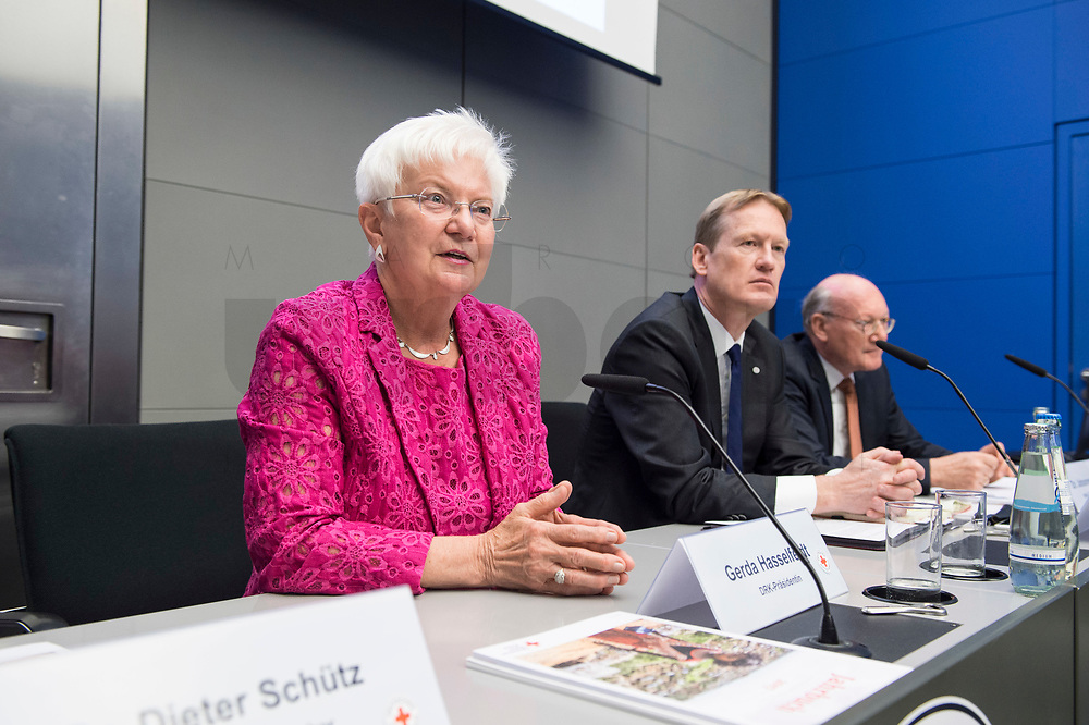07 MAY 2018, BERLIN/GERMANY:<br /> Gerda Hasselfeldt, Praesidentin DRK, Christian Reuter, Generalsekretaer DRK, Dr. Johannes Richert, Stellv. Generalsekretaer, DRK, (v.L.n.R.), Deutsches Rotes Kreuz, DRK Jahrespressekonferenz, Bundespresseamt<br /> IMAGE: 20180507-01-053