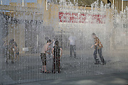 Appearing Rooms .  Jeppe Hein  , SOUTH BANK. 29 JULY 2006. JONE TIME USE ONLY - DO NOT ARCHIVE  © Copyright Photograph by Dafydd Jones 66 Stockwell Park Rd. London SW9 0DA Tel 020 7733 0108 www.dafjones.com