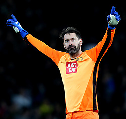 Scott Carson of Derby County celebrates Matej Vydra of Derby County scoring a goal - Mandatory by-line: Robbie Stephenson/JMP - 31/03/2017 - FOOTBALL - iPro Stadium - Derby, England - Derby County v Queens Park Rangers - Sky Bet Championship