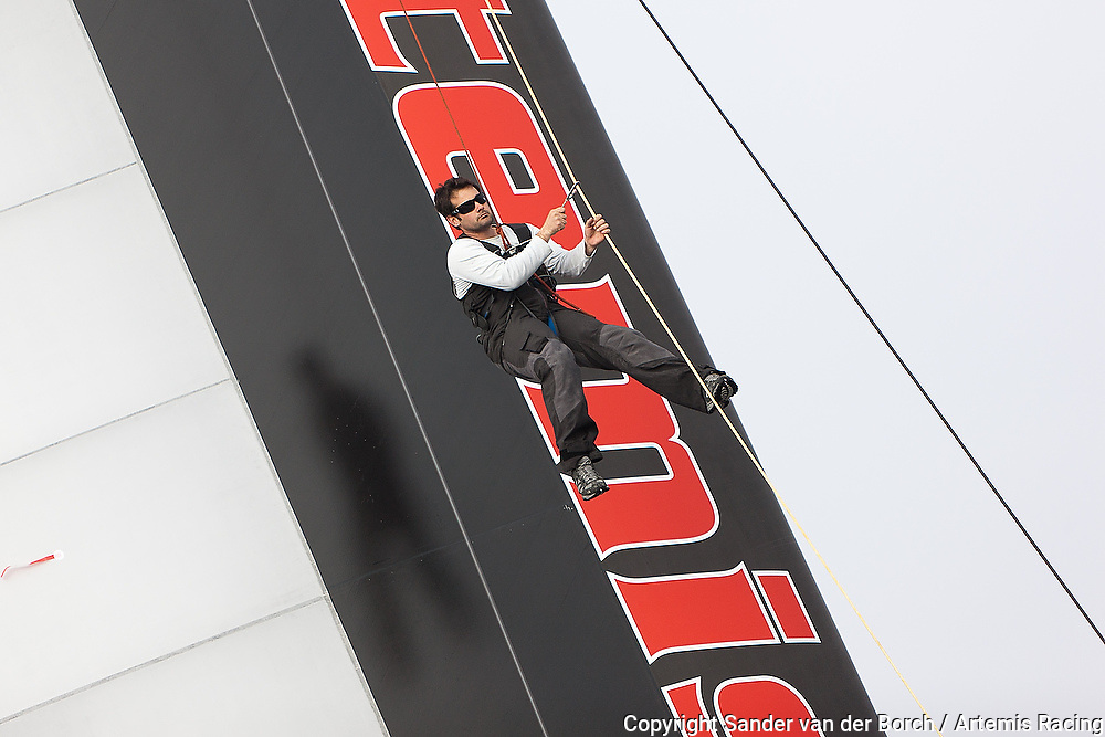 First sail with the AC72 Wing, Artemis Racing, 15-03-2012, Valencia, Spain