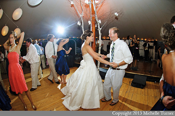 Abenaqui Country Club Wedding.  Image by New Hampshire Wedding Photographer Michelle Turner.