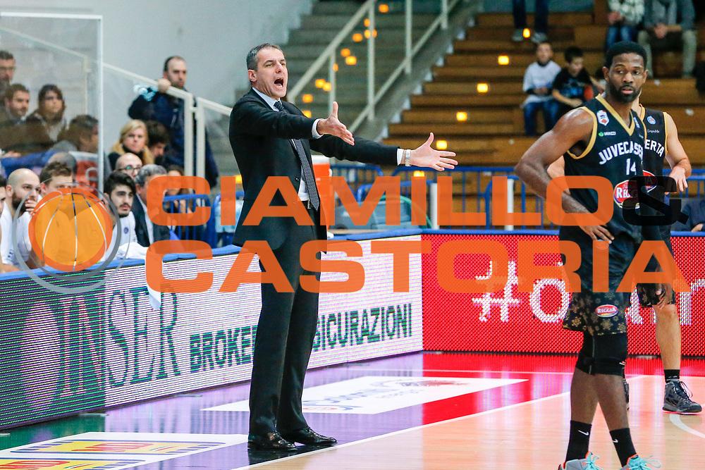 DESCRIZIONE : Trento Lega A 2015-16 Dolomiti Energia Trentino Pasta Reggia Caserta<br /> GIOCATORE : Sandro Dell'Agnello<br /> CATEGORIA : Ritratto<br /> SQUADRA : Dolomiti Energia Trentino Pasta Reggia Caserta<br /> EVENTO : Campionato Lega A 2015-2016<br /> GARA : Dolomiti Energia Trentino Pasta Reggia Caserta<br /> DATA : 03/01/2016<br /> SPORT : Pallacanestro <br /> AUTORE : Agenzia Ciamillo-Castoria/G. Contessa<br /> Galleria : Lega Basket A 2015-2016 <br /> Fotonotizia : Trento Lega A 2015-16 Dolomiti Energia Trentino Pasta Reggia Caserta
