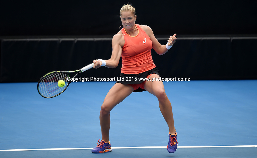 USA's Shelby Rogers in action during her first round singles match on Day 1 at the ASB Classic WTA International. Auckland, New Zealand. Monday 5 January 2015. Copyright photo: Andrew Cornaga/www.photosport.co.nz