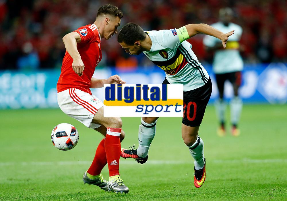 James Chester (Wales) and Eden Hazard (Belgium) <br /> Lille 01-07-2016 Stade Pierre Mauroy Football Euro2016 Wales - Belgium / Galles - Belgio <br /> Quarter-finals. Foto Matteo Ciambelli / Insidefoto