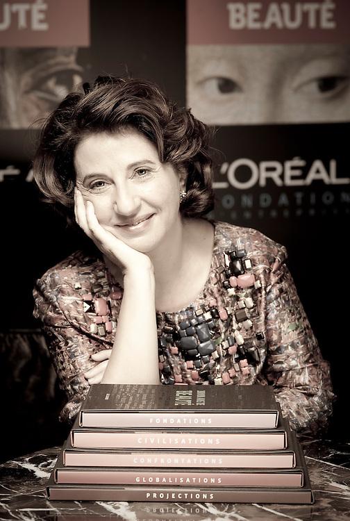 Elizabeth Azoulay, coordenadora da obra «100 000 ans de beauté» em entrevista para Noticias Magazine efectuada por Vera Saldanha.  Em 30.11.09. ©paulo alexandrino