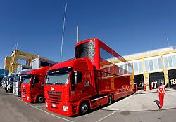 Motorsports / Formula 1: World Championship 2011, Test Valencia, Trucks Ferrari, LKW, Lastwagen