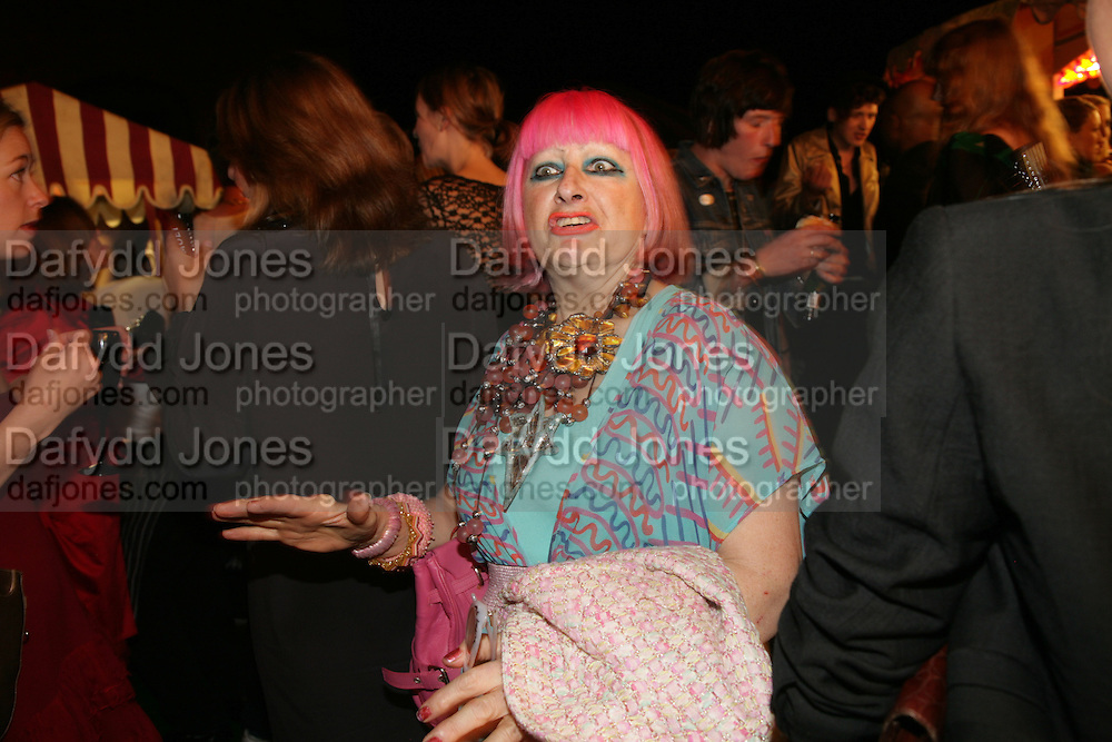 Zandra Rhodes, Moet Mirage, Holland Park. 16 September 2007. -DO NOT ARCHIVE-© Copyright Photograph by Dafydd Jones. 248 Clapham Rd. London SW9 0PZ. Tel 0207 820 0771. www.dafjones.com.