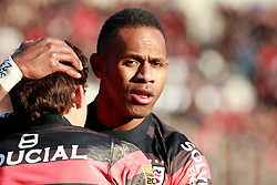 Timoci Matanavou embraces Luke Burgess after the Australian scores the second try for Toulouse. Stade Toulousain v ASM Clermont Auvergne, Top 14, Stade Municipal, Toulouse, France, 1st December 2012.