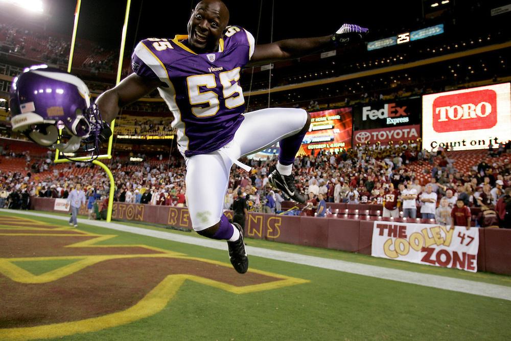 LANDOVER, MD - SEPTEMBER 11: #55 Jason Glenn of the Minnesota Vikings celebrates after defeating the Washington Redskins on September 11, 2006 at FedEx Field in Landover, Maryland.   The Vikings won 19-16.  *** Local Caption *** Jason Glenn