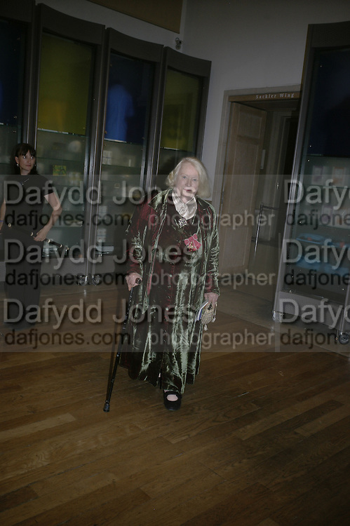 GILLIAN AYRES, Royal Academy Annual Dinner. Piccadilly. London. 5 June 2007.  -DO NOT ARCHIVE-© Copyright Photograph by Dafydd Jones. 248 Clapham Rd. London SW9 0PZ. Tel 0207 820 0771. www.dafjones.com.
