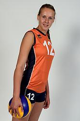 13-05-2014 NED: Selectie Nederlands volleybal team mannen, Arnhem<br /> Op Papendal werd het Nederlands team volleybal seizoen 2014-2015 gepresenteerd / Femke Sybrandy
