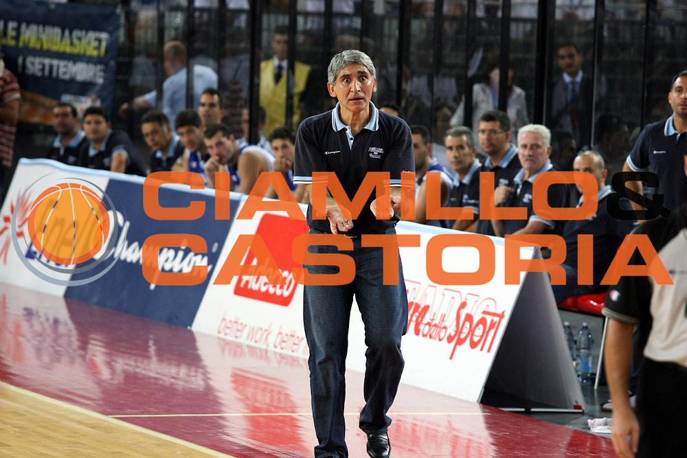 DESCRIZIONE : Roma Amichevole preparazione Eurobasket 2007 Italia Grecia <br />GIOCATORE : Yannakis<br />SQUADRA : Grecia<br />EVENTO : Amichevole preparazione Eurobasket 2007 Italia Grecia <br />GARA : Italia Grecia <br />DATA : 30/08/2007 <br />CATEGORIA : Palleggio<br />SPORT : Pallacanestro <br />AUTORE : Agenzia Ciamillo-Castoria/G.Ciamillo