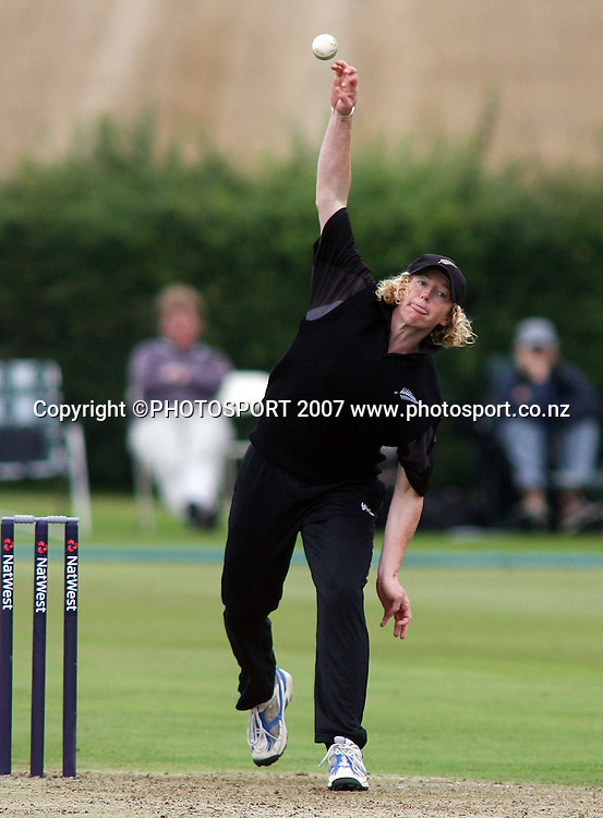 Haidee Tiffen the New Zealand captain bowls during her 100th match. England v New Zealand 5th One Day International, Womens Cricket, Shenley Cricket Club, England, 30/08/2007. Photo by Matt Impey ** NO AGENTS **