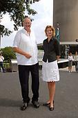 Langste Man en langste vrouw op de Euromast