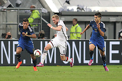 03.09.2014, Esprit-Arena, Duesseldorf, GER, FS Vorbereitung, Fussball Testspiel, Deutschland vs Argentinien, im Bild Andre Schuerrle (FC Chelsea) gegen Marcos Rojo (Sporting CP - links) und Erik Lamela (Tottenham Hotspurs) // during a international football frindly match between Germany and Argentina in preparation for the upcoming EURO 2016 qualifying matches at the Esprit-Arena in Duesseldorf, Germany on 2014/09/03. EXPA Pictures © 2014, PhotoCredit: EXPA/ Eibner-Pressefoto/ Schueler<br /> <br /> *****ATTENTION - OUT of GER*****