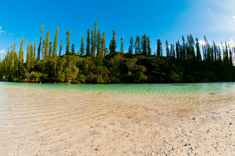 Natural swimming pool, Oro Bay, near the