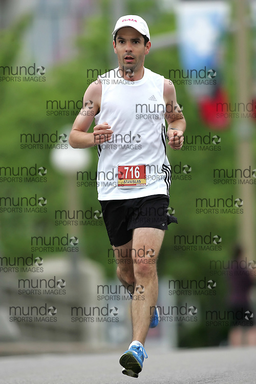 (Ottawa, ON --- May 30, 2010)   STANISLAS PAPADIM running in the marathon during the Ottawa Race Weekend. Photograph copyright Sean Burges / Mundo Sport Images
