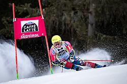 19.12.2016, Grand Risa, La Villa, ITA, FIS Ski Weltcup, Alta Badia, Riesenslalom, Herren, 1. Lauf, im Bild Tim Jitloff (USA) // Tim Jitloff of the USA in action during 1st run of men's Giant Slalom of FIS ski alpine world cup at the Grand Risa race Course in La Villa, Italy on 2016/12/19. EXPA Pictures © 2016, PhotoCredit: EXPA/ Johann Groder
