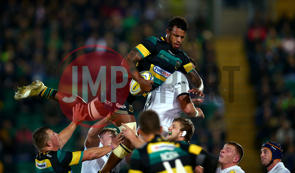 Courtney Lawes of Northampton Saints brings the ball down from the line out - Mandatory by-line: Robbie Stephenson/JMP - 15/09/2017 - RUGBY - Franklin's Gardens - Northampton, England - Northampton Saints v Bath Rugby - Aviva Premiership