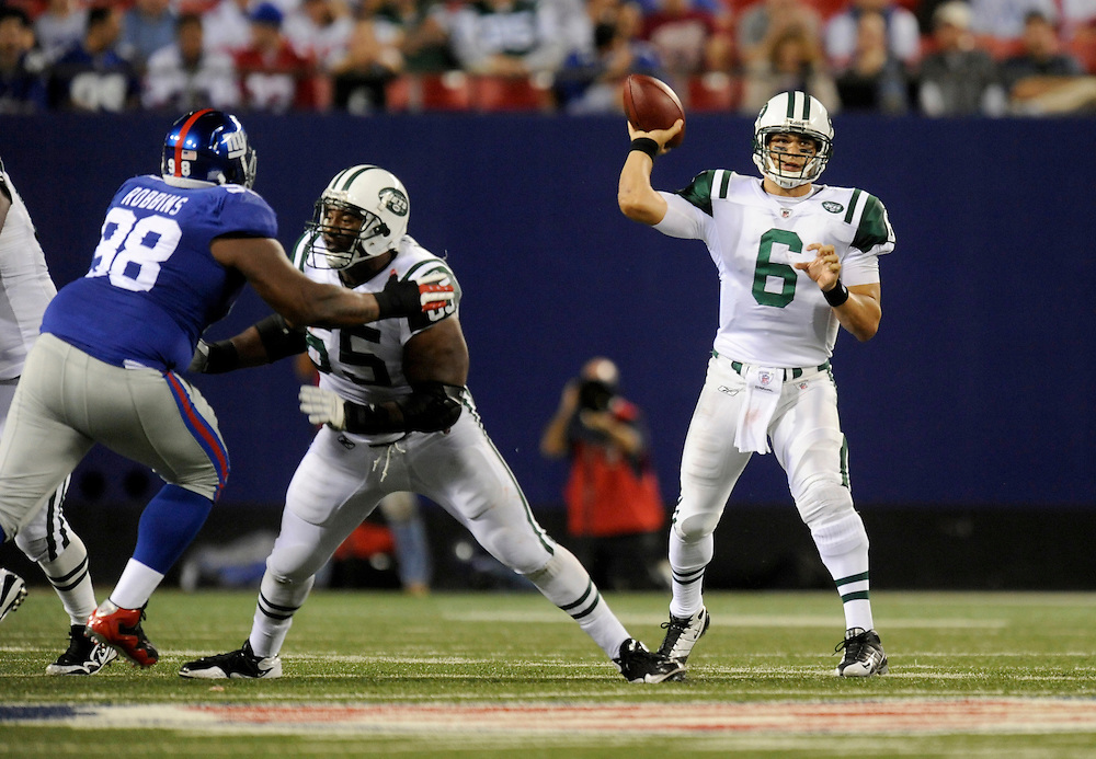 EAST RUTHERFORD, NJ - AUGUST 29: Mark Sanchez #6 of the New York Jets passes against the New York Giants in a preseason game at Giants Stadium on August 29, 2009 in East Rutherford, New Jersey. The New York Jets beat the New York Giants 27-25. (Photo by Rob Tringali/ ) *** Local Caption *** Mark Sanchez