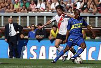 Fotball<br />Argentina<br />09/11/03 RIVER PLATE (0 ) Vs. BOCA JUNIORS (2 ). <br />CARLOS BIANCHI ( BOCA COACH) , FERNANDO CAVENAGHI (RIVER) and LUIS PEREA (BOCA)<br />Foto: Digitalsport