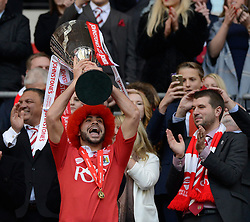 Bristol City's Derrick Williams lifts the JPT trophy  - Photo mandatory by-line: Joe Meredith/JMP - Mobile: 07966 386802 - 22/03/2015 - SPORT - Football - London - Wembley Stadium - Bristol City v Walsall - Johnstone Paint Trophy Final