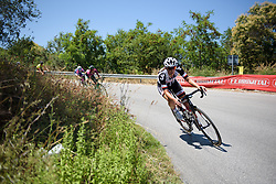 Lucinda Brand descends on Stage 6 of the Giro Rosa - a 116.1 km road race, starting and finishing in Roseto Degli Abruzzi on July 5, 2017, in Teramo, Italy. (Photo by Sean Robinson/Velofocus.com)