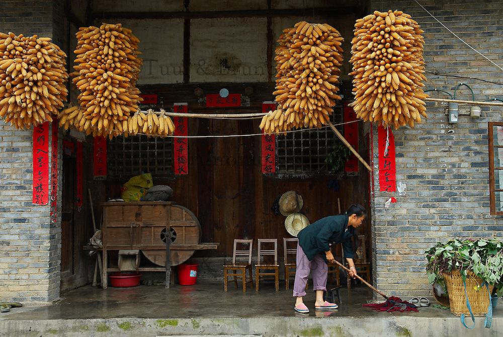 Chine. Province du Guizhou. Village d ethnie Buyi de Qinghe. // China. Guizhou province. Village of Qinghe, Buyi ethnic group.