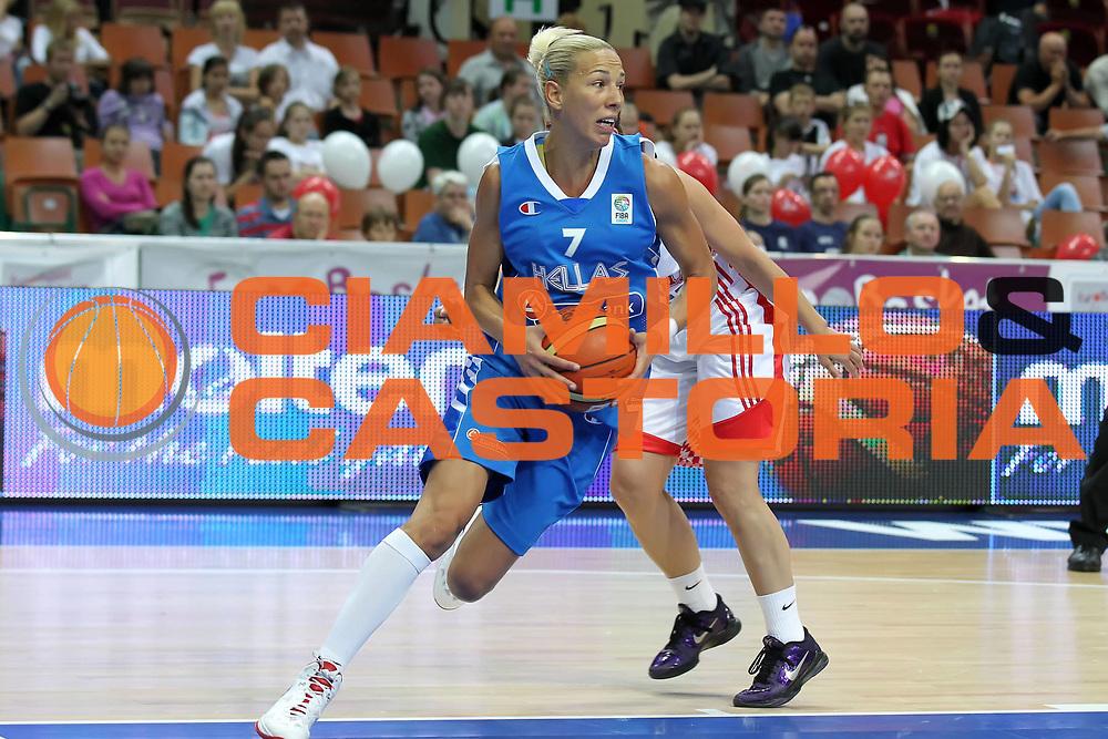 DESCRIZIONE : Katowice Poland Polonia Eurobasket Women 2011 Round 1 Croazia Grecia Croatia Greece<br /> GIOCATORE : Olga Chatzinikolaou<br /> SQUADRA : Grecia Greece<br /> EVENTO : Eurobasket Women 2011 Campionati Europei Donne 2011<br /> GARA : Croazia Grecia Croatia Greece<br /> DATA : 19/06/2011<br /> CATEGORIA : <br /> SPORT : Pallacanestro <br /> AUTORE : Agenzia Ciamillo-Castoria/E.Castoria<br /> Galleria : Eurobasket Women 2011<br /> Fotonotizia : Katowice Poland Polonia Eurobasket Women 2011 Round 1 Croazia Grecia Croatia Greece<br /> Predefinita :