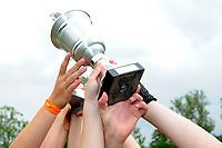 hockey, seizoen 2010-2011, 10-06-2011, amstelveen, Finale Nationale Shell Schoolhockeycompetitie 2011, Meisjes Oud College Hageveld Heemstede - vd Capellen SG Zwolle 4-2, Winnaar Meisjes Oud College Hageveld Heemstede, de beker