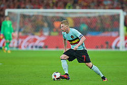 LILLE, FRANCE - Friday, July 1, 2016: Belgium's Kevin De Bruyne in action against Wales during the UEFA Euro 2016 Championship Quarter-Final match at the Stade Pierre Mauroy. (Pic by Paul Greenwood/Propaganda)