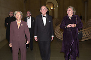 Sir John and Lady Sainsbury and Anne beckwith-Smith. Stanley Spencer exhibition opening and dinner. Tate Brittain. London. 19 January 2001.  © Copyright Photograph by Dafydd Jones 66 Stockwell Park Rd. London SW9 0DA Tel 020 7733 0108 www.dafjones.com