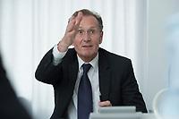10 MAY 2012, BERLIN/GERMANY:<br /> Prof. Dr. Dr. h.c. Bert Ruerup, Vorsitzender des Kuratoriums DIW Berlin, Pressegespraech zu den Ergebnissen der Kuratoriumssitzung, DIW Berlin<br /> IMAGE: 20120510-01-004<br /> KEYWORDS: Bert Rürup