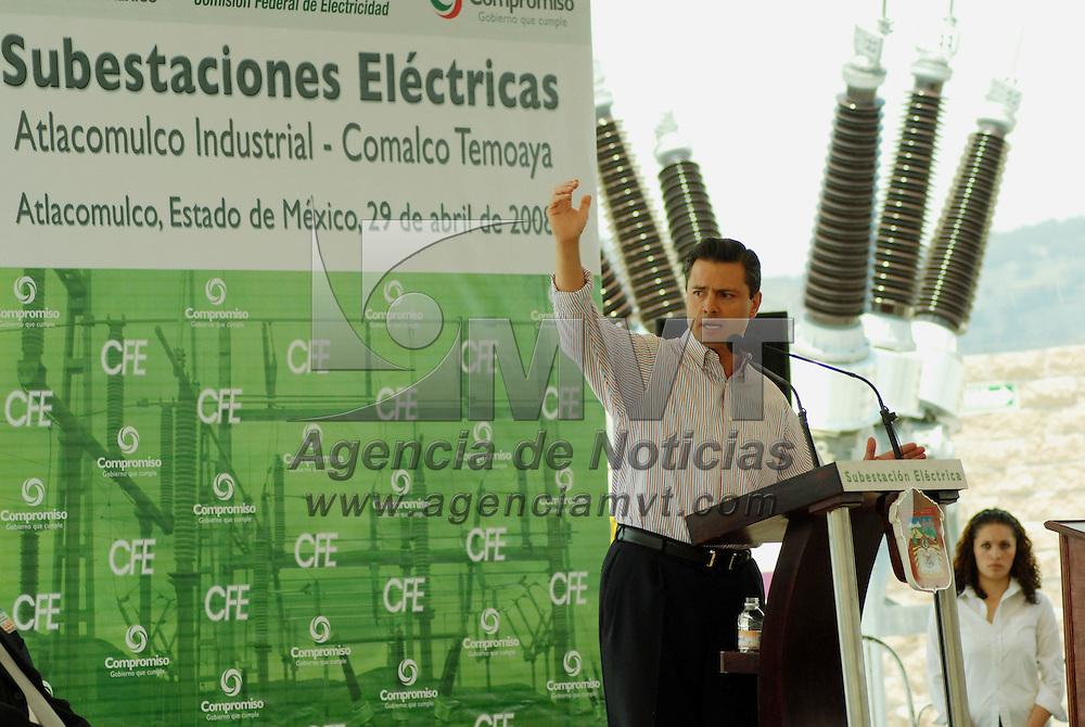 Atlacomulco, Mex.- Enrique Pe&ntilde;a Nieto, gobernador del Estado de M&eacute;xico, al inaugurar la subestaci&ntilde;on electrica &quot;Atlacomulco Industrial&quot;. Agencia MVT / Jos&eacute; Hern&aacute;ndez. (DIGITAL)<br /> <br /> <br /> <br /> NO ARCHIVAR - NO ARCHIVE