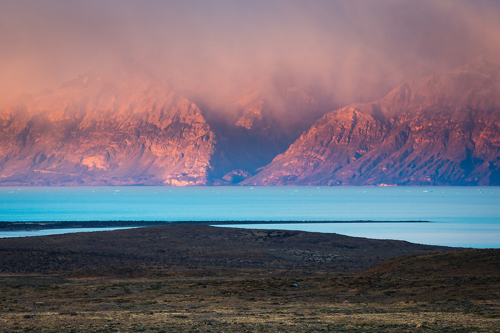 Sunrise over Lake Viedma and the mountain peaks of Los Glacieres National Park, Argentina.