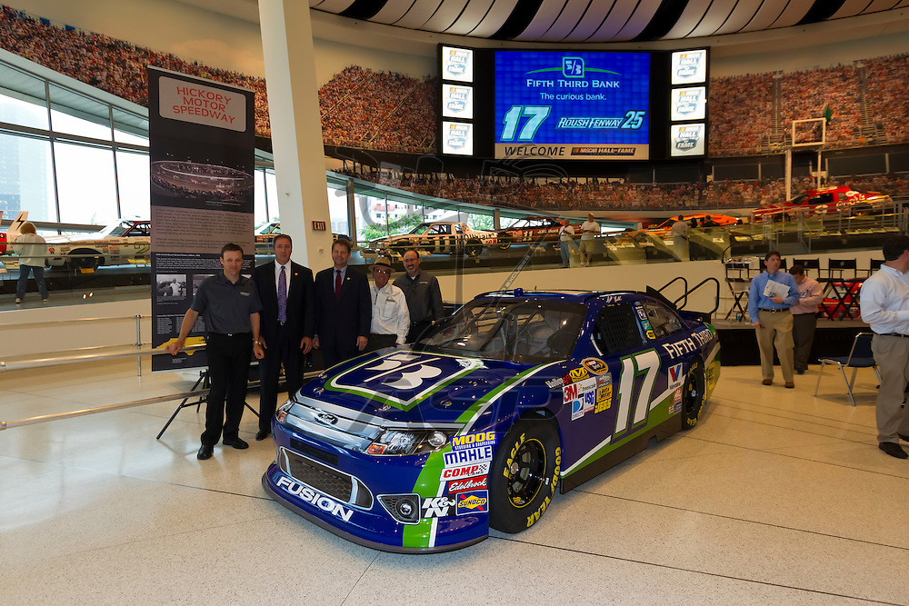 CHARLOTTE, NC - MAY 14, 2012:  Fifth Third Bancorp (Nasdaq:  FITB) today announced a multi-year marketing partnership with Roush Fenway Racing, beginning this season with four races as the primary sponsor of Matt Kenseth's No. 17 Ford Fusion in the NASCAR Sprint Cup Series at the Hall of Fame in Charlotte, NC.