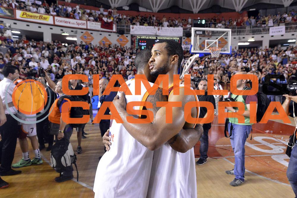 DESCRIZIONE : Roma Lega A 2012-2013 Acea Roma Montepaschi Siena playoff finale gara 5<br /> GIOCATORE : Jordan Taylor Phil Goss<br /> CATEGORIA : Delusione<br /> SQUADRA : Acea Roma<br /> EVENTO : Campionato Lega A 2012-2013 playoff finale gara 5<br /> GARA : Acea Roma Montepaschi Siena<br /> DATA : 19/06/2013<br /> SPORT : Pallacanestro <br /> AUTORE : Agenzia Ciamillo-Castoria/GiulioCiamillo<br /> Galleria : Lega Basket A 2012-2013  <br /> Fotonotizia : Roma Lega A 2012-2013 Acea Roma Montepaschi Siena playoff finale gara 5<br /> Predefinita :